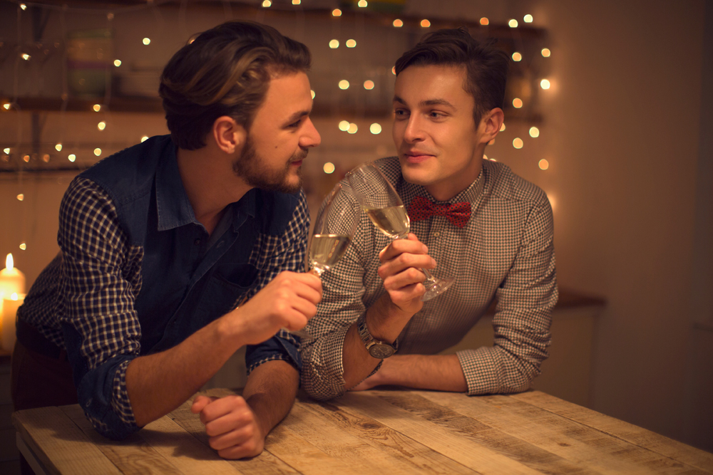 Eager to start dating? Make your move with the best gay dating sites!